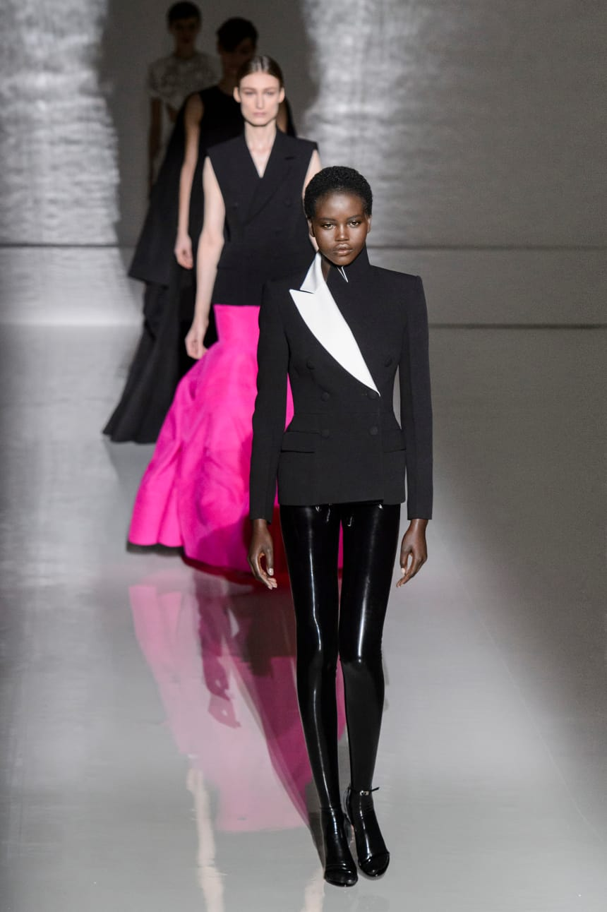 Clare Waight Keller Boldly Mixes the Old With the New at Givenchy Couture