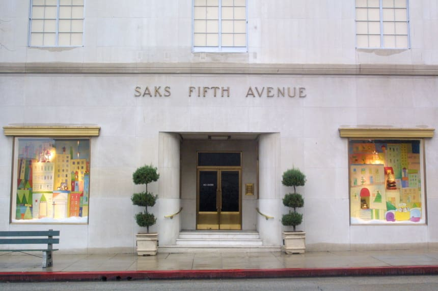 saks-fifth-ave-store-front