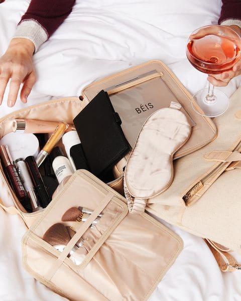 beis-makeup-bag-main