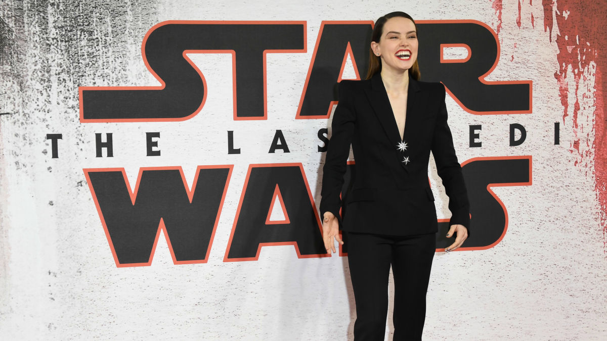 Daisy Ridley's Badass 'Star Wars' Press Tour Continues With a Mugler Tuxedo