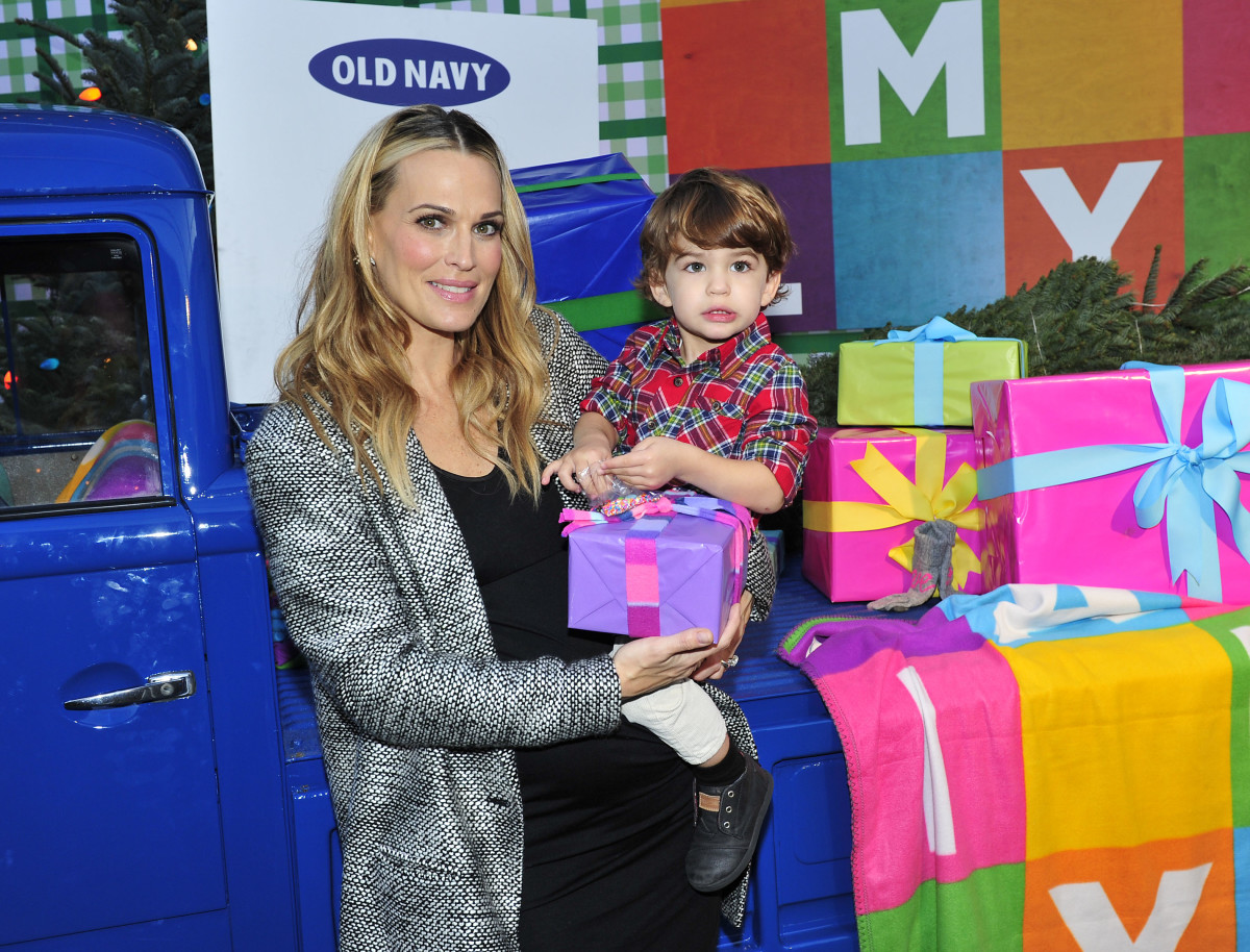 Molly Simms and her adorable son at the Old Navy holiday event. Photo: Old Navy.