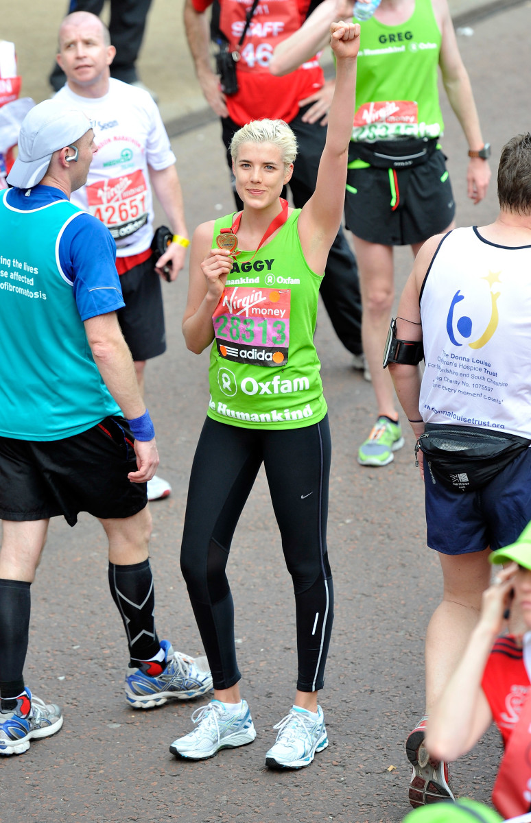 Model Agyness Deyn somehow looks perfect after running the London Marathon in 2011. Photo: Gareth Cattermole/Getty Images