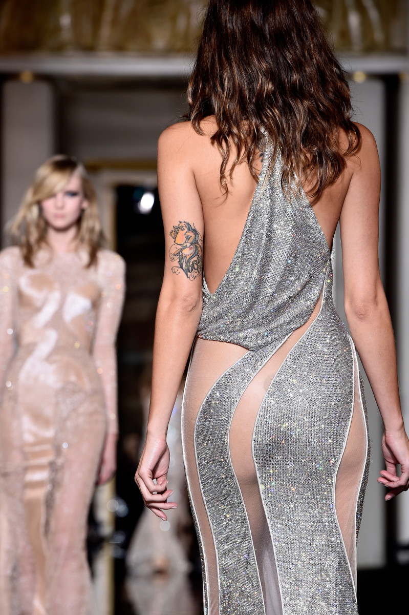 A look from Atelier Versace's spring 2015 collection. Photo: Pascal Le Segretain/Getty Images