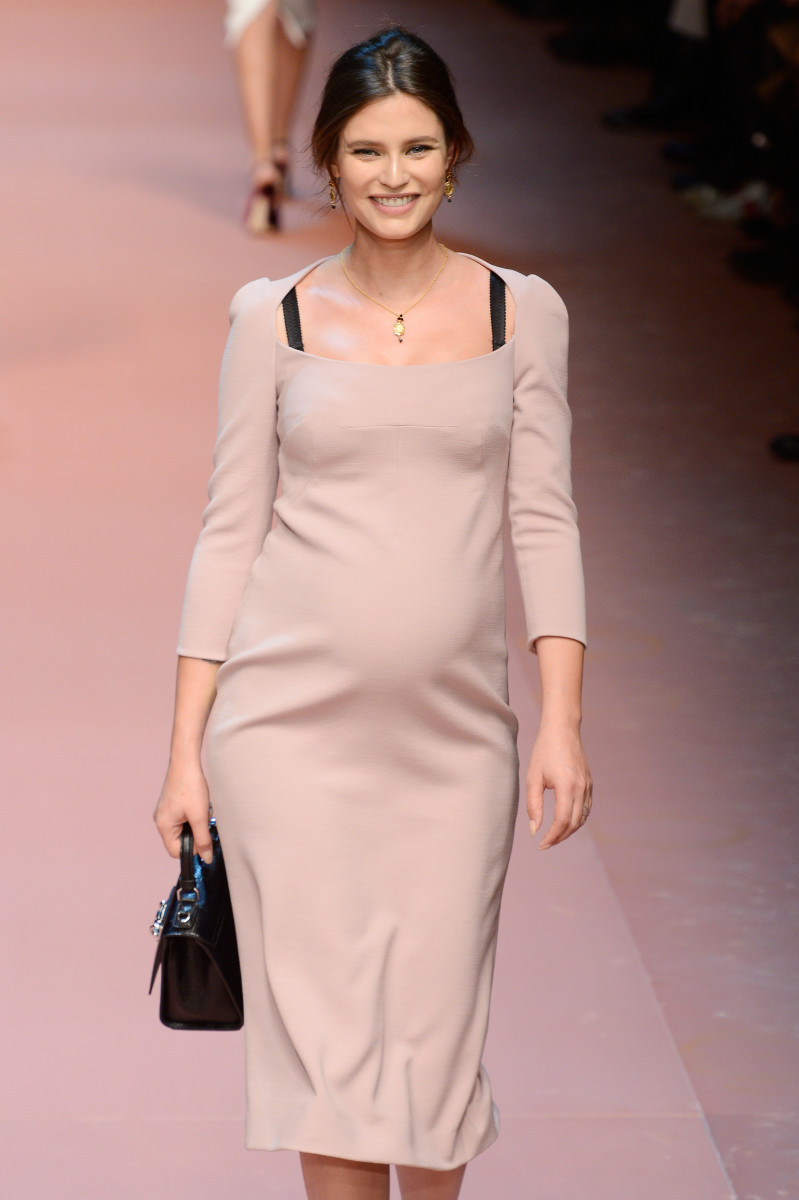 A very pregnant Bianca Balti walks the runway at Dolce & Gabbana. Photo: Pietro D'Aprano/Getty Images