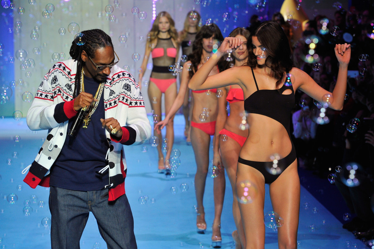 Snoop performs at Etam. Photo: Kristy Sparow/Getty Images