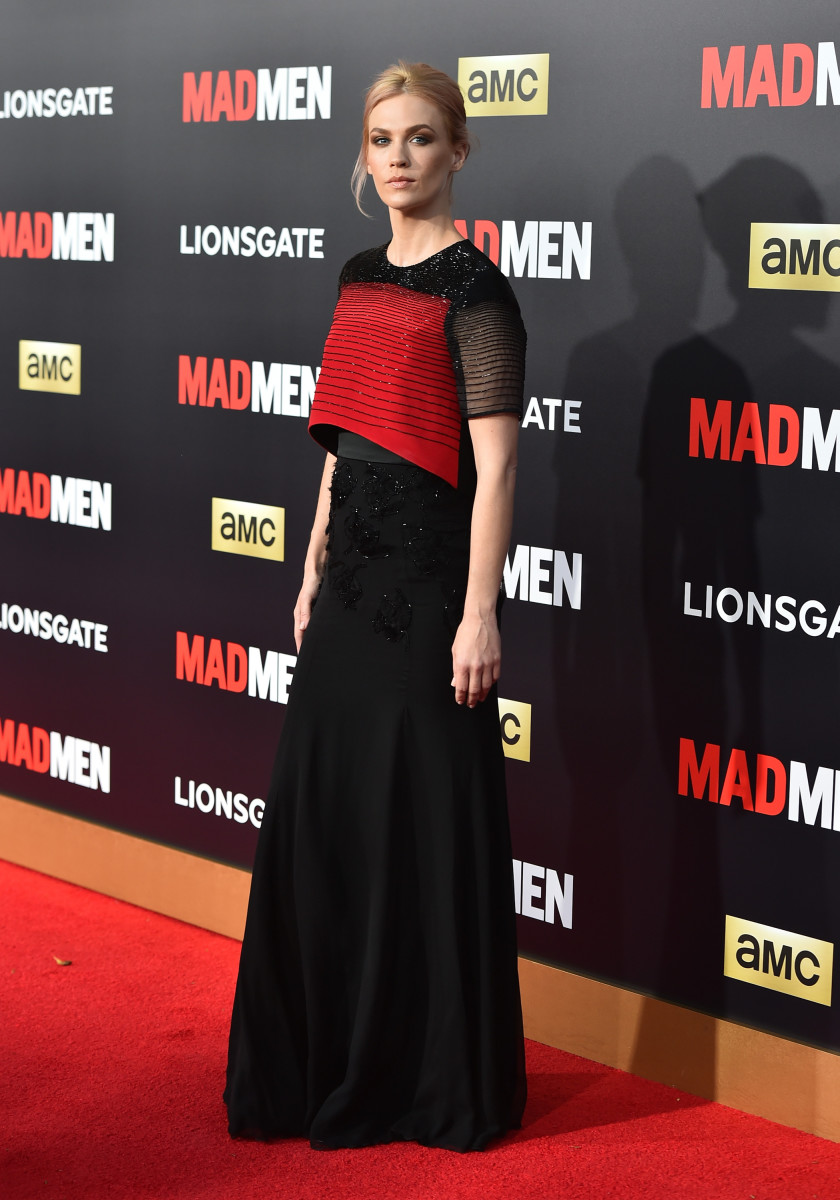 Jones on the red carpet at the 'Mad Men' Black & Red Ball. Photo: Alberto E. Rodriguez/Getty Images