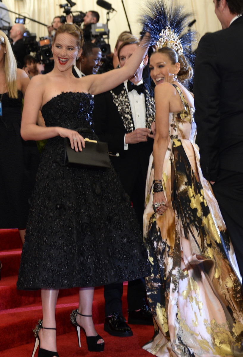 Jennifer Lawrence and Sarah Jessica Parker at the 2013 punk-themed Met Gala. Photo: Imothy A. Clary/AFP/Getty Images