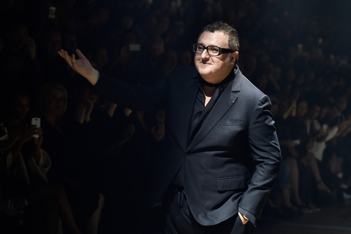 Alber Elbaz takes a bow after a Lanvin show. Photo: Pascal Le Segretain/Getty Images