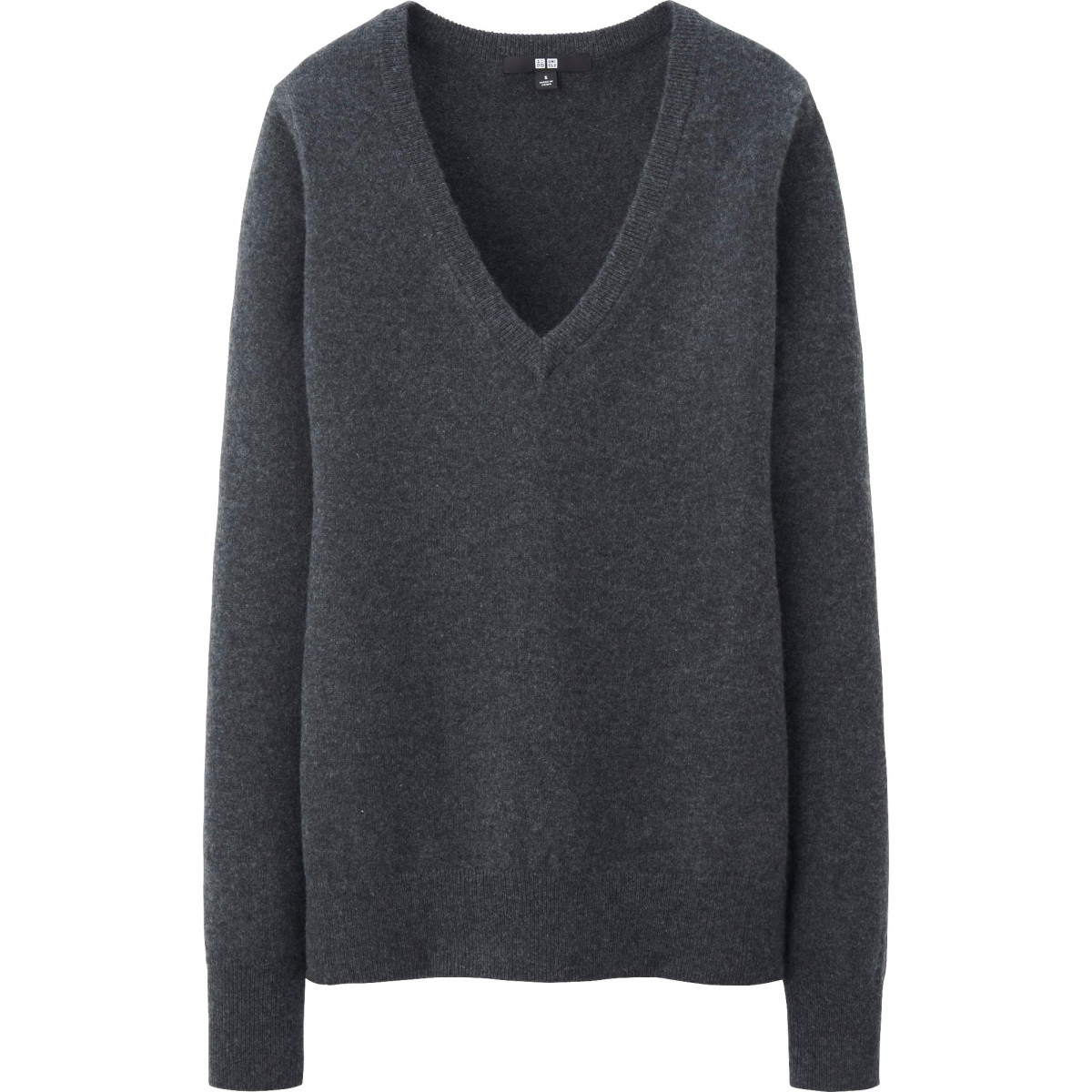 Lauren's Staple Cashmere V-Neck - Fashionista