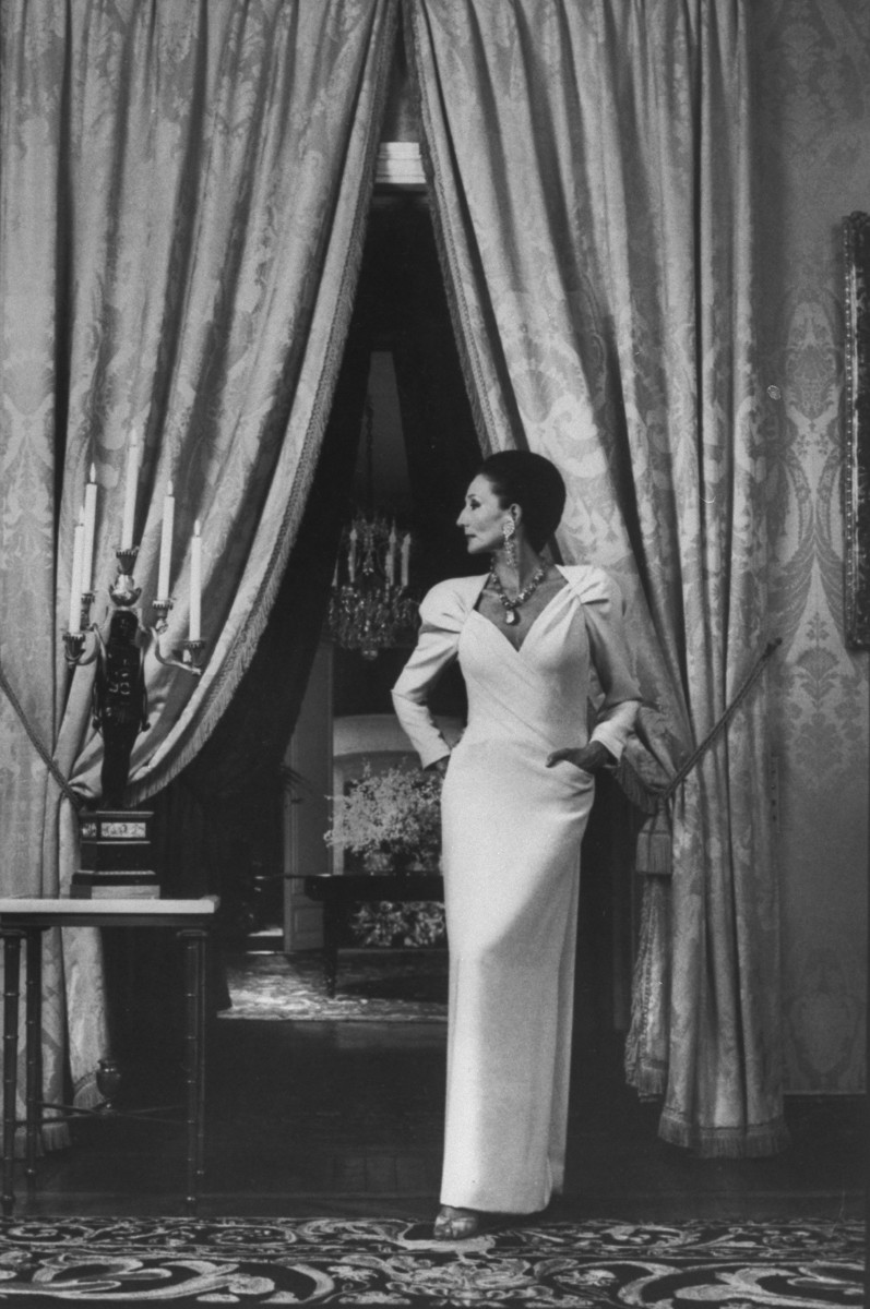 Jacqueline de Ribes in her own design, 1985. Photo: David Lees/The LIFE Images Collection/Getty Images, Courtesy of The Metropolitan Museum of Art