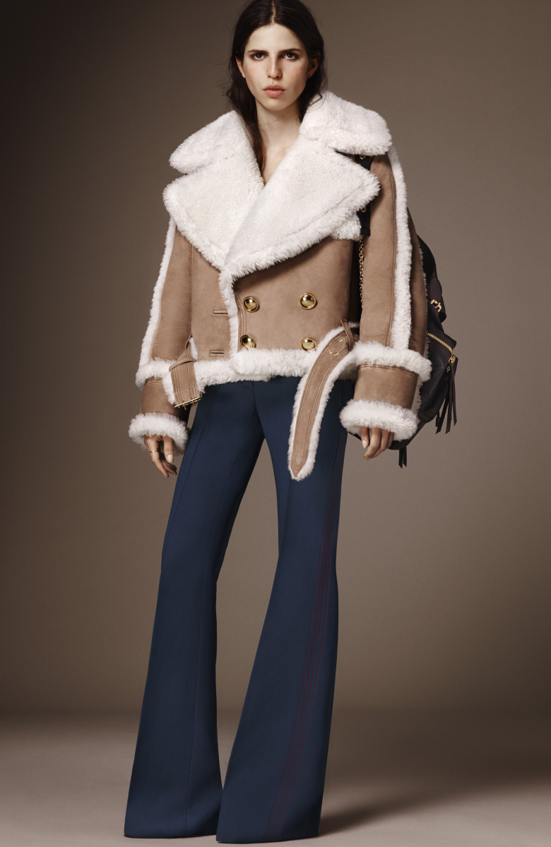 Maternity stylish winter coats, Necklace Pearl photography