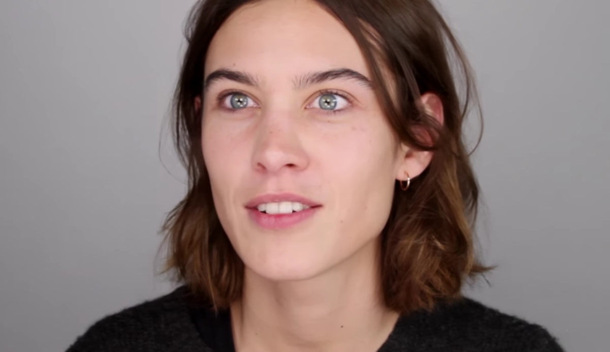 "This is Alexa Chung looking ""horrible."" Screengrab: YouTube"