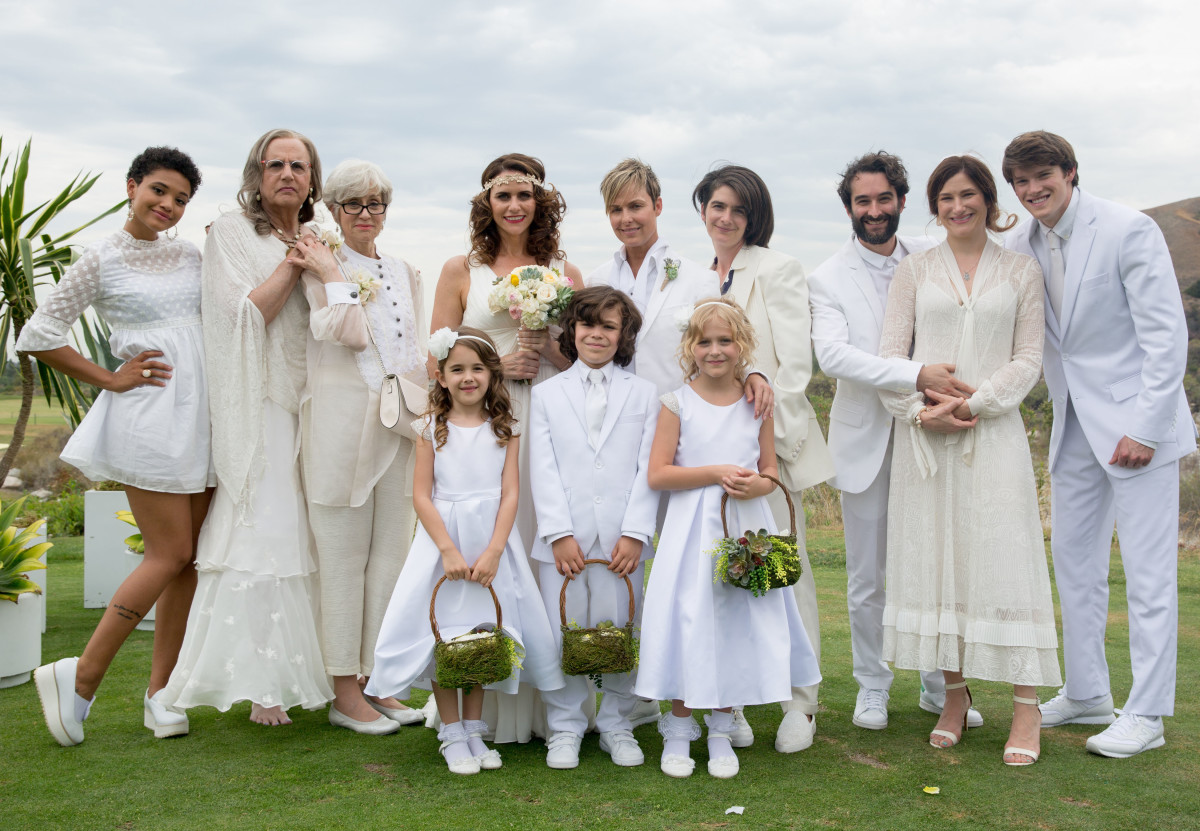 The extended Pfefferman family. Photo: Jennifer Clasen/Amazon Studios