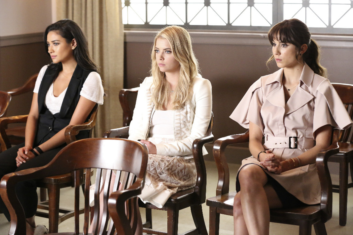 Emily, Hanna and Spencer revisit an old Rosewood stomping ground, but in new outfits and Spencer's rocking bangs in the midseason premiere. Photo: ABC Family/Ron Tom