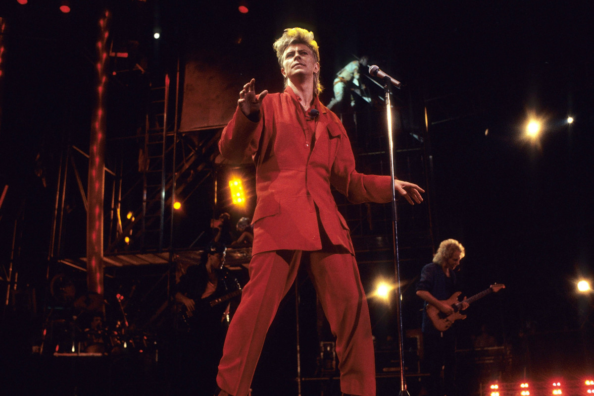 David Bowie performs in New York City in 1987. Photo: L. Busacca/Getty Images