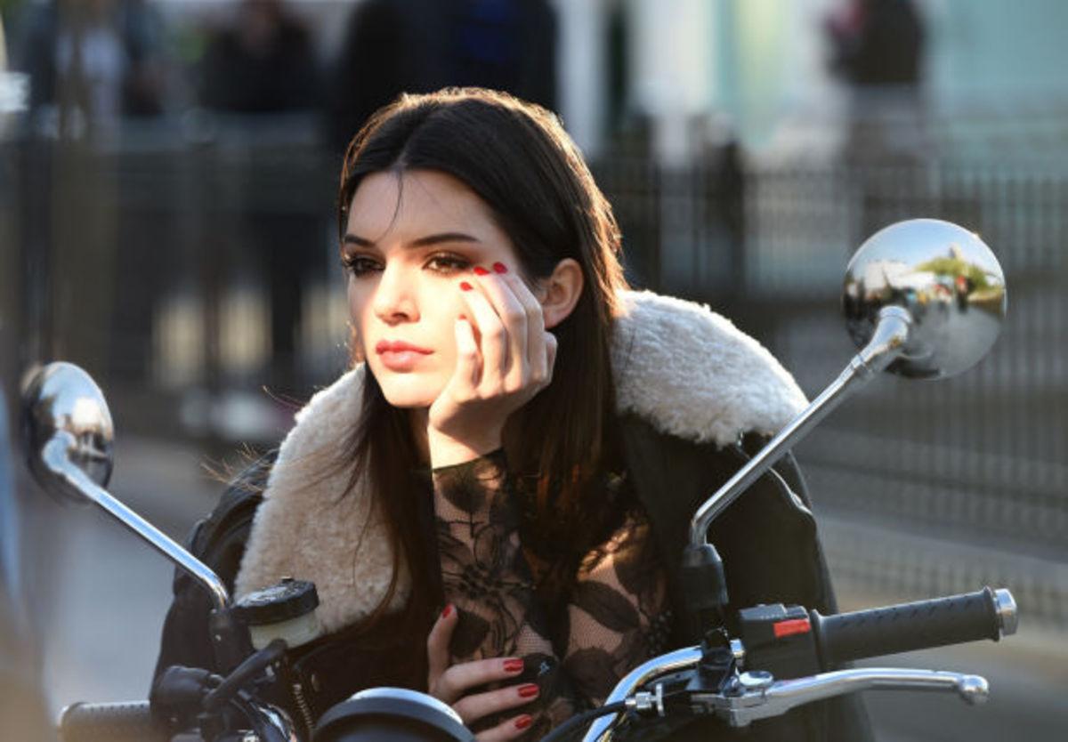 Behind the scenes on an Estée Lauder ad shoot. Photo: Estée Lauder