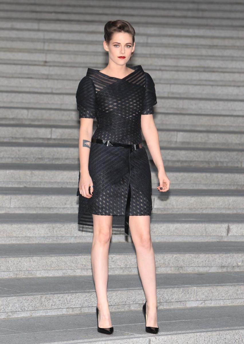 Kristen Stewart at Chanel's resort 2016 runway show. Photo: Chung Sung-Jun/Getty Images