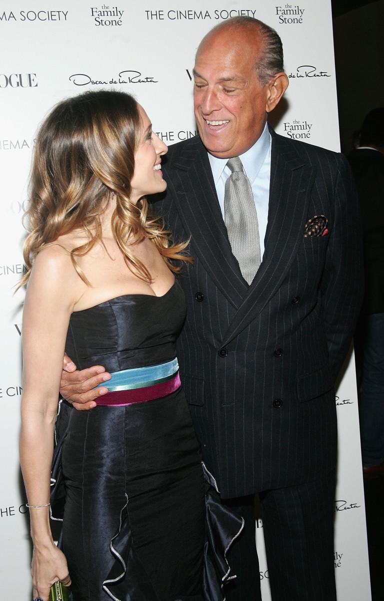 Sarah Jessica Parker with Oscar de la Renta in 2005. Photo: Evan Agostini/Getty Images
