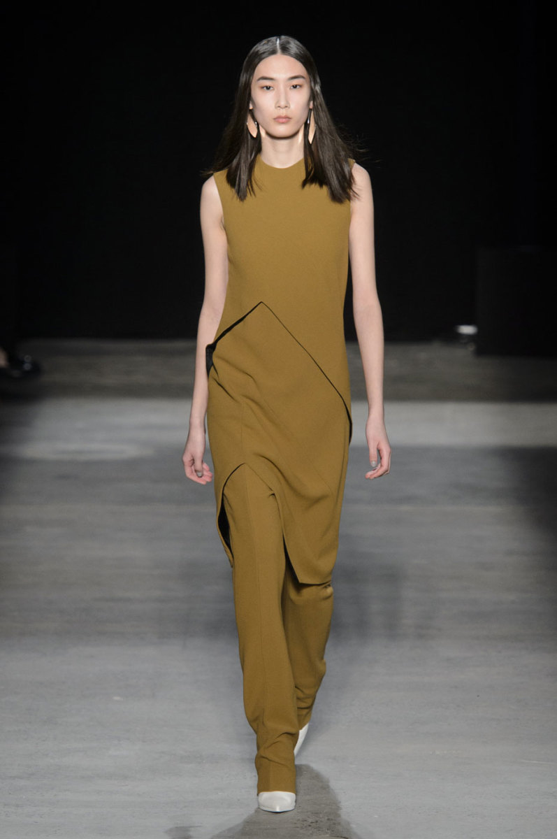A look from Narciso Rodriguez's fall 2016 show. Photo: Narciso Rodriguez