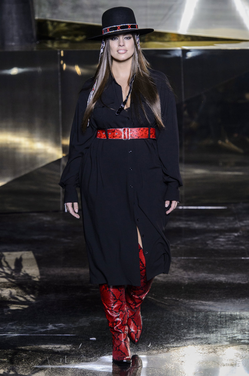 Ashley Graham in a look from H&M's fall 2016 collection. Photo: Imaxtree