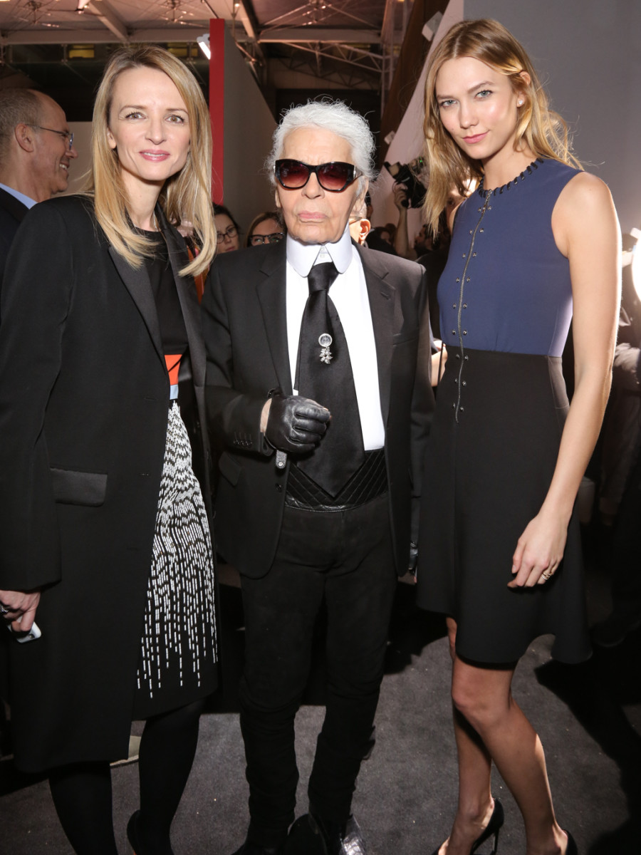 Delphine Arnault, Karl Lagerfeld and Karlie Kloss at the LVMH Prize cocktail in Paris. Photo: François Goizé