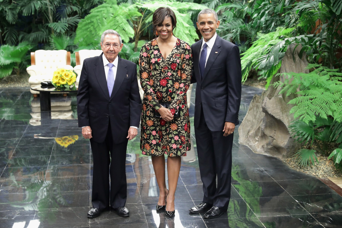 Cuban President Raul Castro with Michelle and Barack Obama before a state dinner at the Palace of the Revolution in Havana, Cuba. Photo: Chip Somodevilla/Getty Images