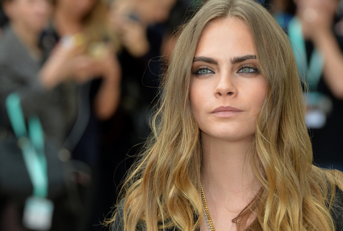 Cara Delevingne at Burberry Prorsum's spring 2016 runway show during London Fashion Week. Photo: Anthony Harvey/Getty Images