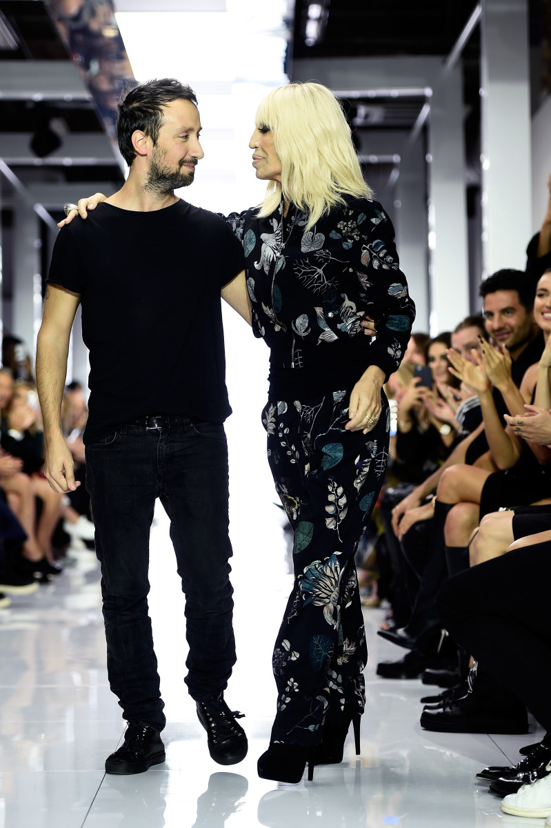 Fashion week Vaccarello anthony versus for lady