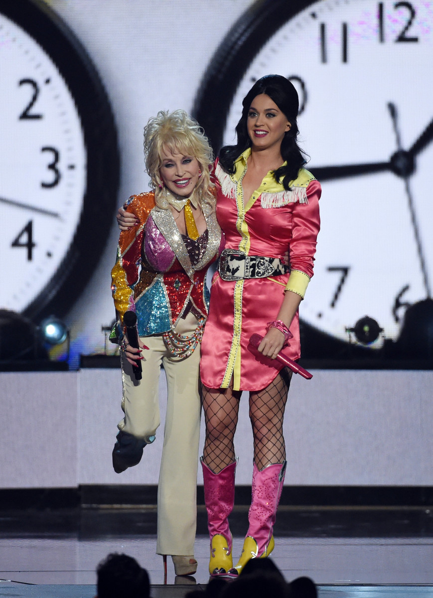 Dolly Parton and Katy Perry at the 51st Academy Of Country Music Awards in Las Vegas, Nev. on Sunday. Photo: Ethan Miller/Getty Images