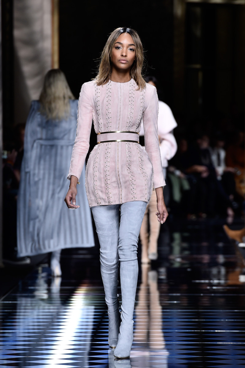 A look from Balmain's fall 2016 collection. Photo: Pascal Le Segretain/Getty Images