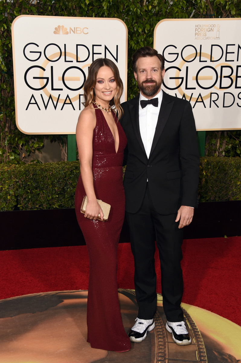 Wilde in Michael Kors Collection and Sudeikis in a tux and Air Jordans at the 2016 Golden Globes. Photo: Jason Merritt/Getty