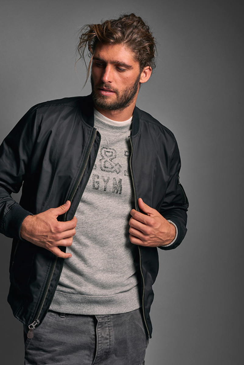 Abercrombie & Fitch spring 2016 campaign image. Photo: Abercrombie & Fitch