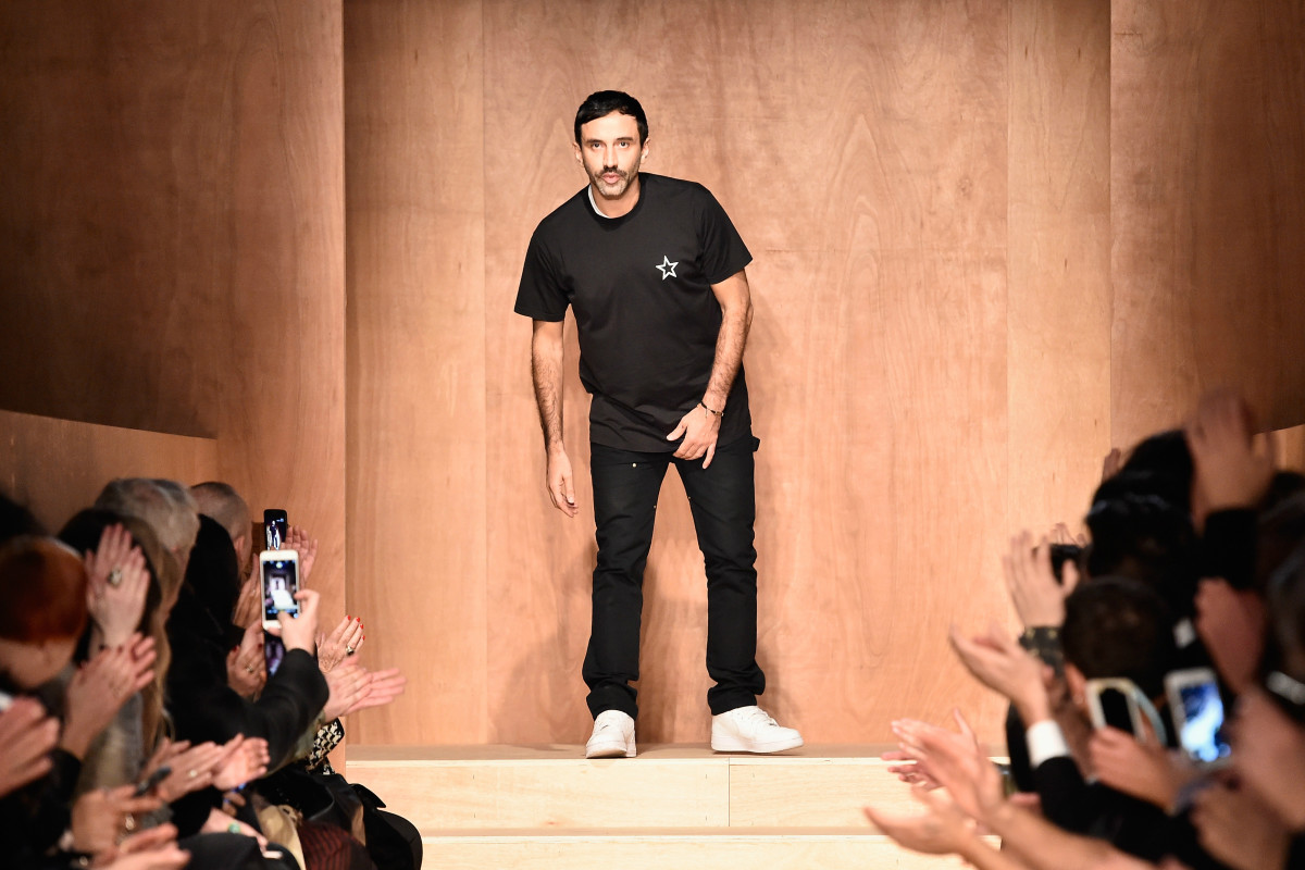 Riccardo Tisci at Givenchy's fall 2016 runway show on March 6, 2016 during Paris Fashion Week. Photo: Pascal Le Segretain/Getty Images