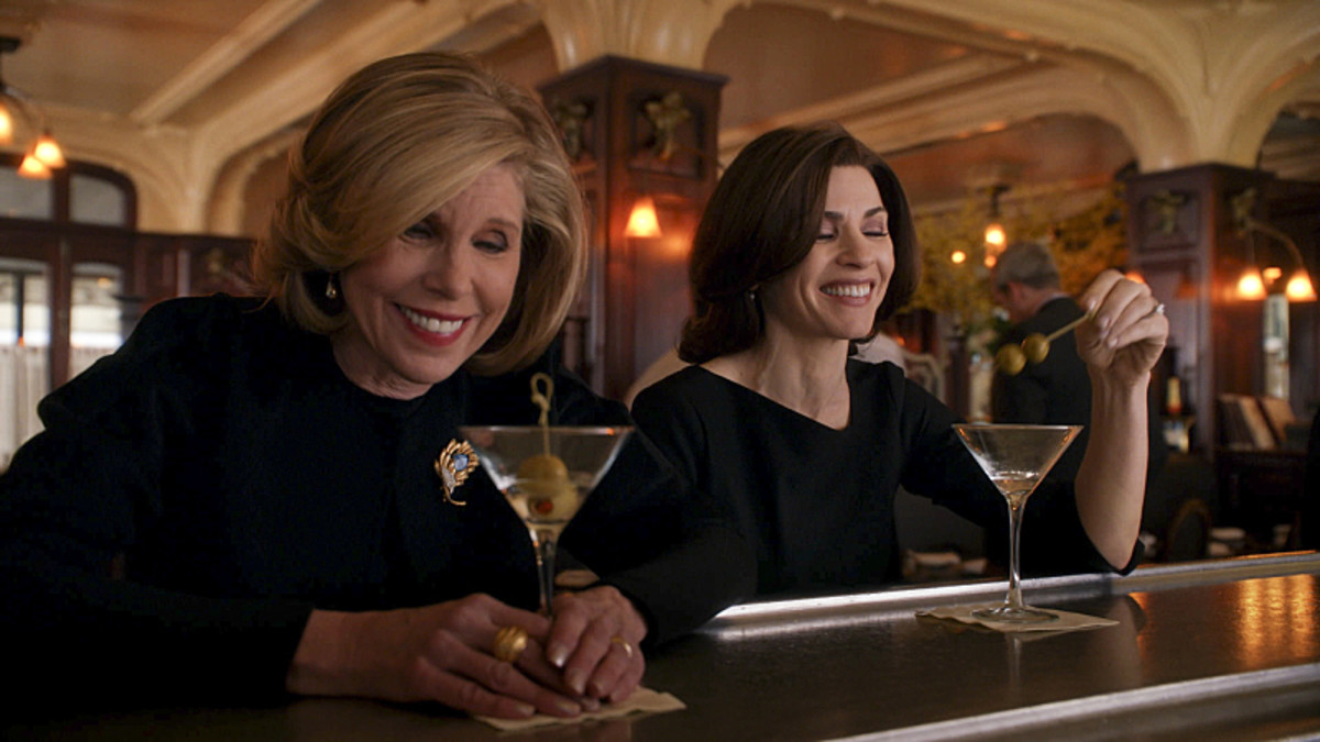 Christine Baranski as Diane Lockhart and Alicia in 35•DL. Photo: CBS ©2014 CBS Broadcasting, Inc.
