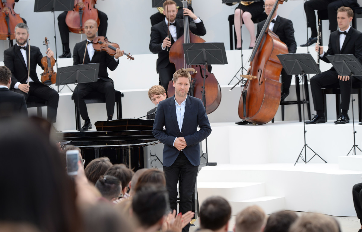 Christopher Bailey takes a bow at Burberry's Spring 2016 menswear show. Photo: Getty Images