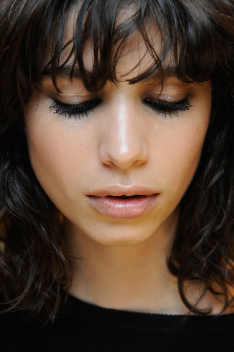 Model Mica Arganaraz is a perfect example of bangs gone right. Photo: Getty Images/Matteo Valle