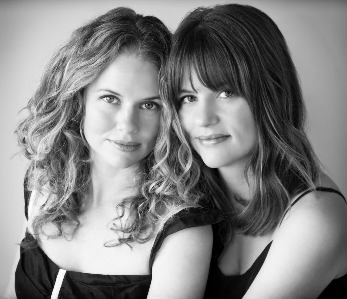 Photo: Wendi and Nicole Ferreira