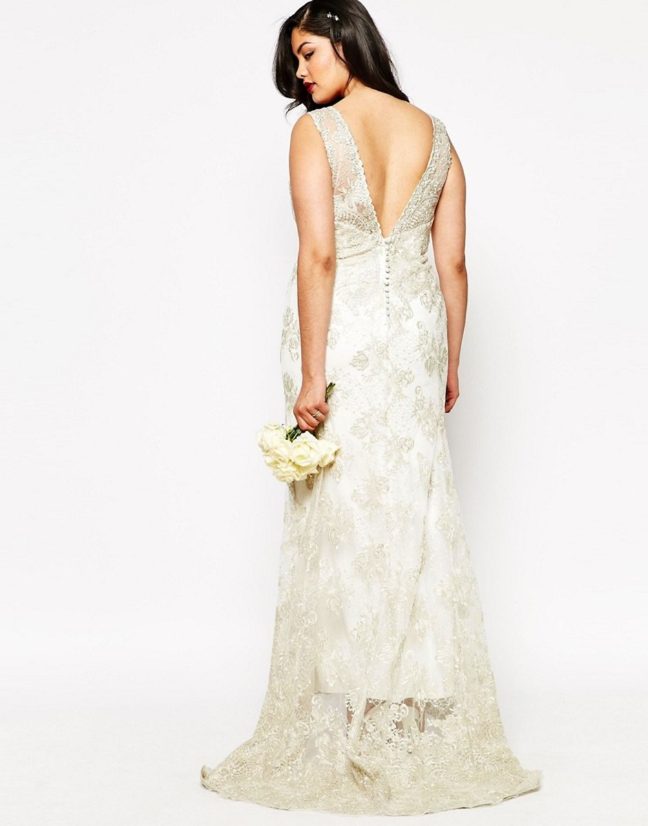 A look from ASOS Curve Bride. Photo: ASOS