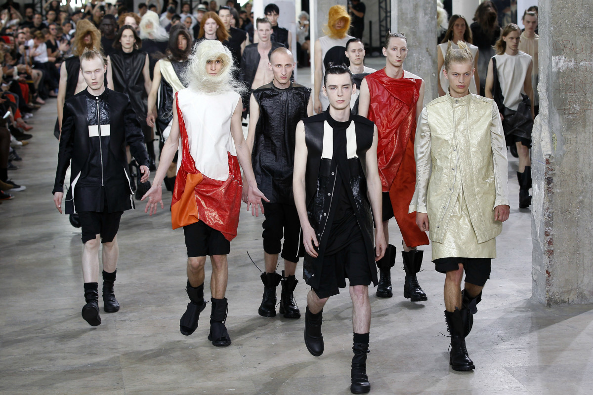 The finale of Rick Owens' men's show in Paris this morning. Photo: Thierry Chesnot/Getty Images