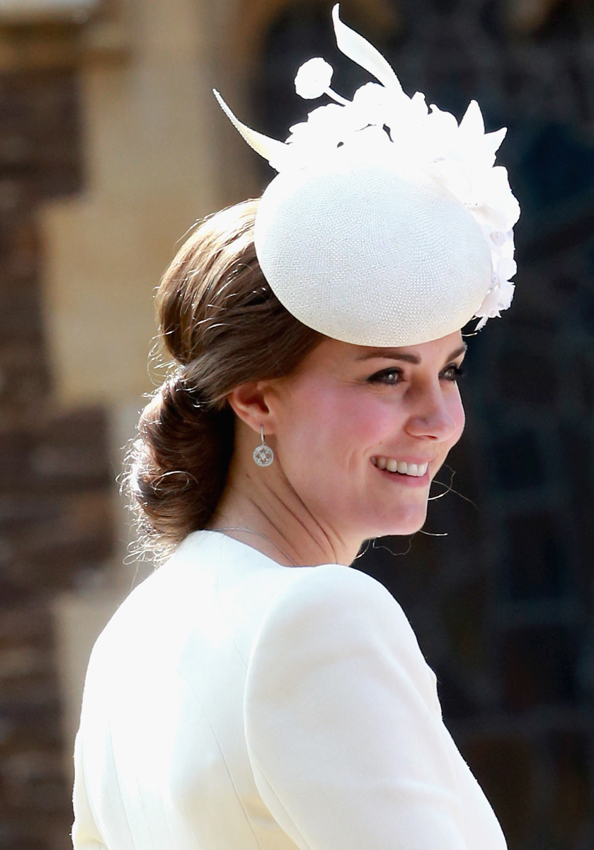 Another event, another elaborate headpiece. Photo: Chris Jackson/Getty Images
