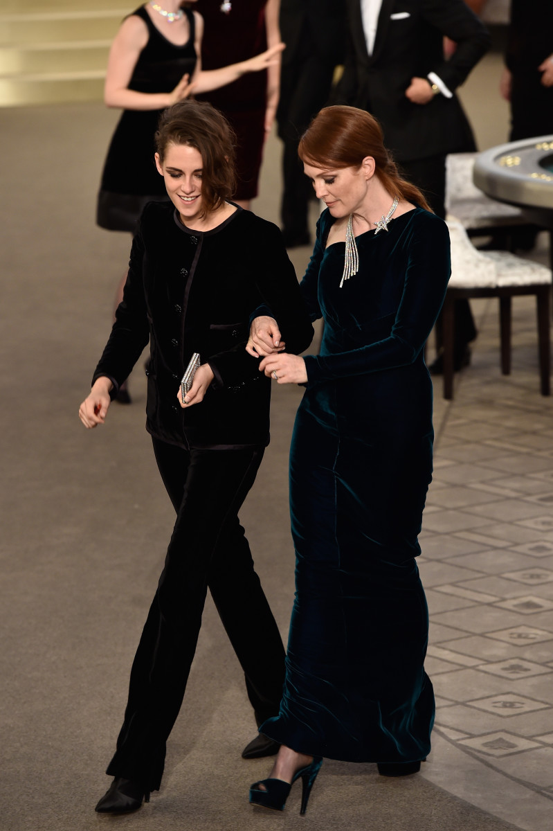Stewart, left, and First Lady Julianne Moore. Photo: Pascal Le Segretain/Getty Images