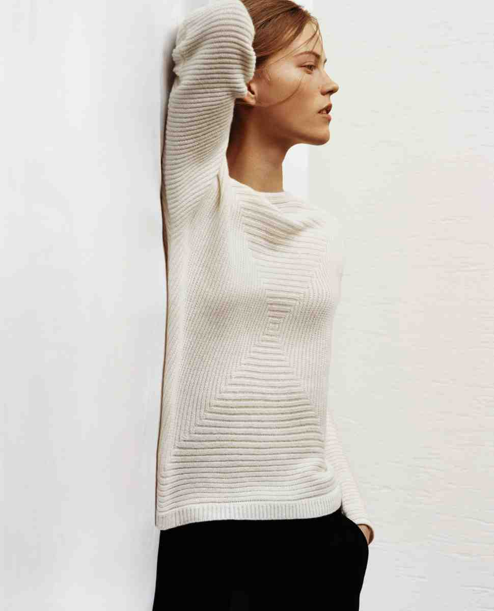 A look from Uniqlo and Lemaire's collaboration. Photo: Uniqlo