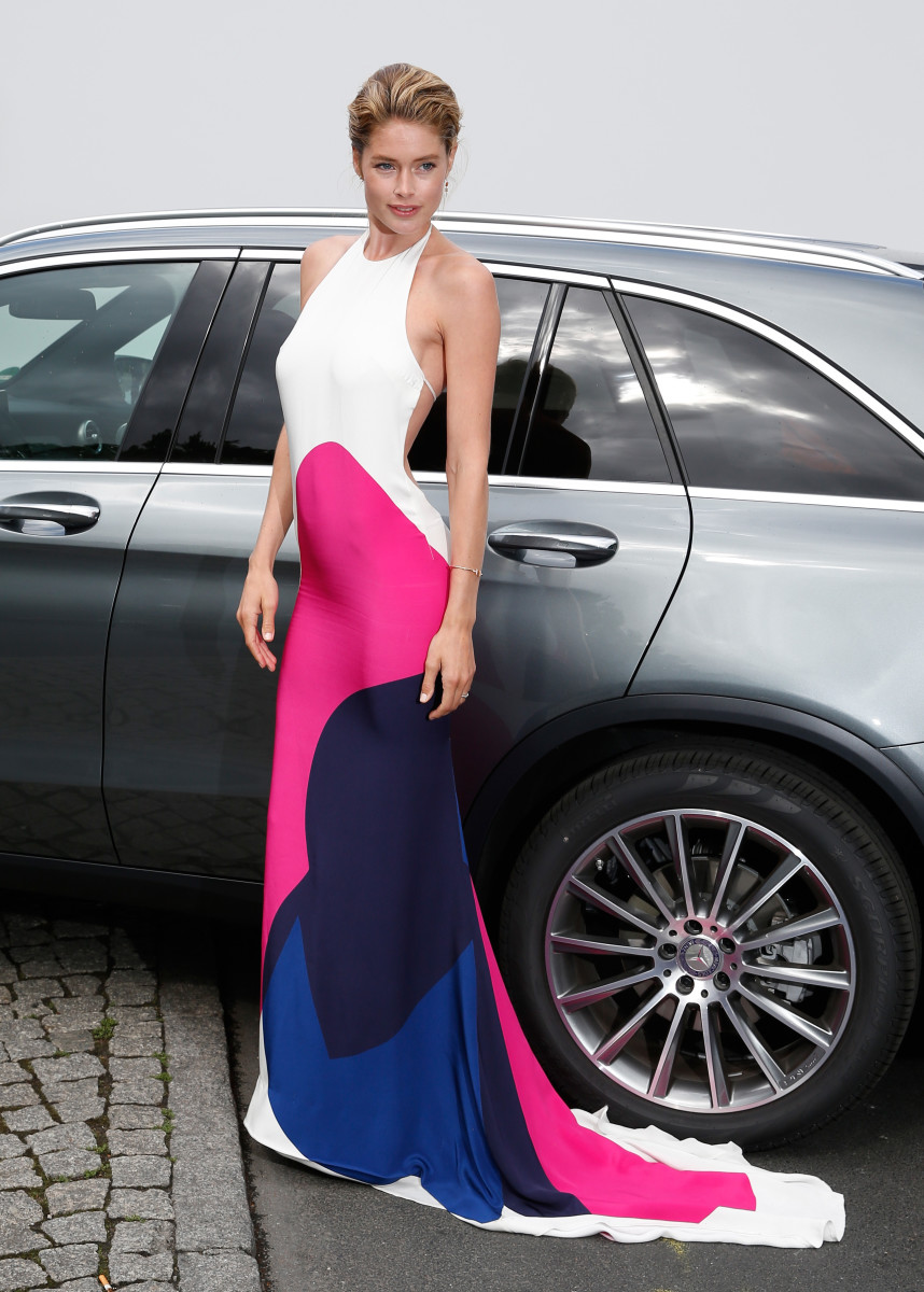 Doutzen Kroes looking fast while standing still in Berlin, Germany. Photo: Luca Teuchmann/Getty Images for IMG