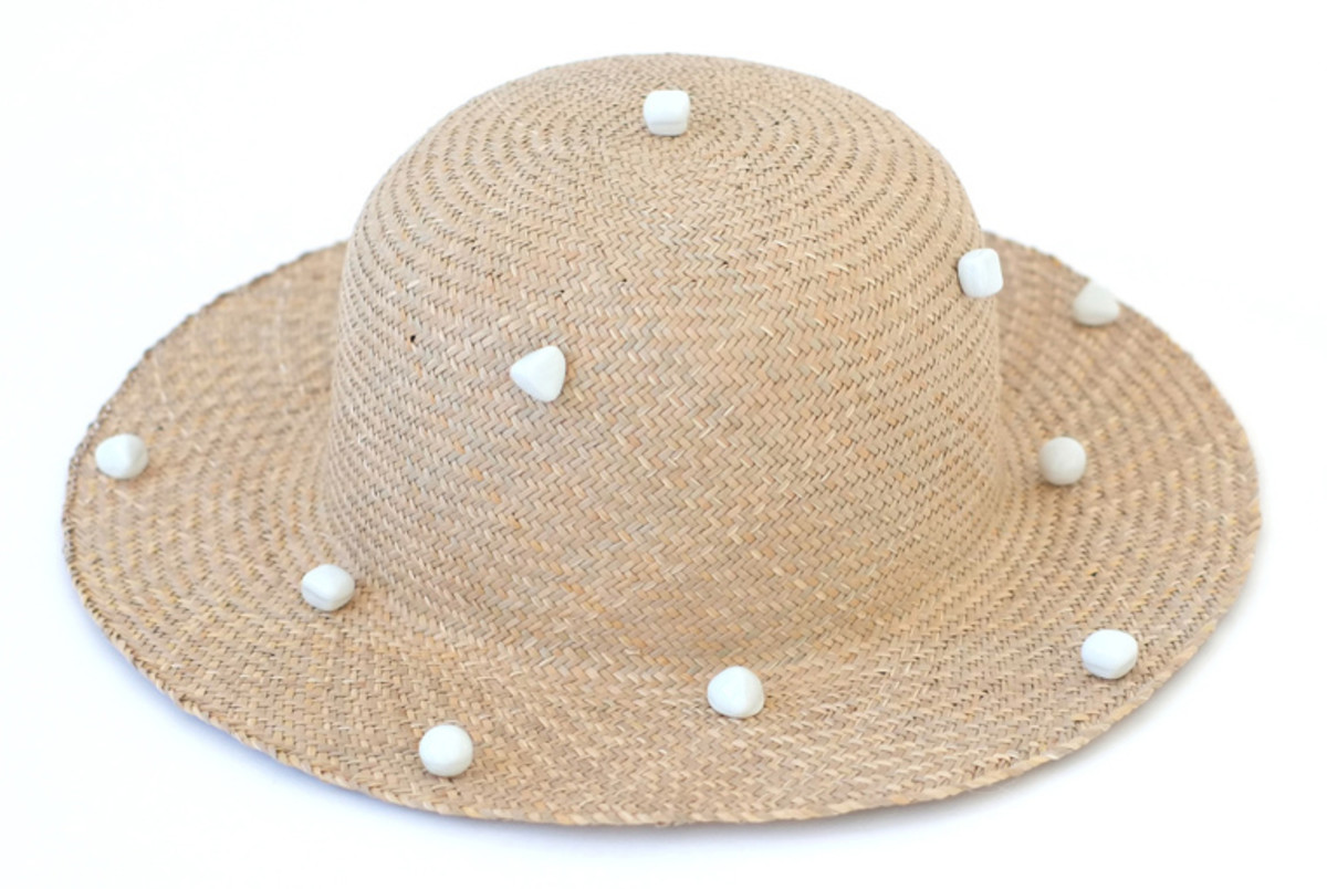 bigpolka_dot_sun_hat-whitebackground.jpg