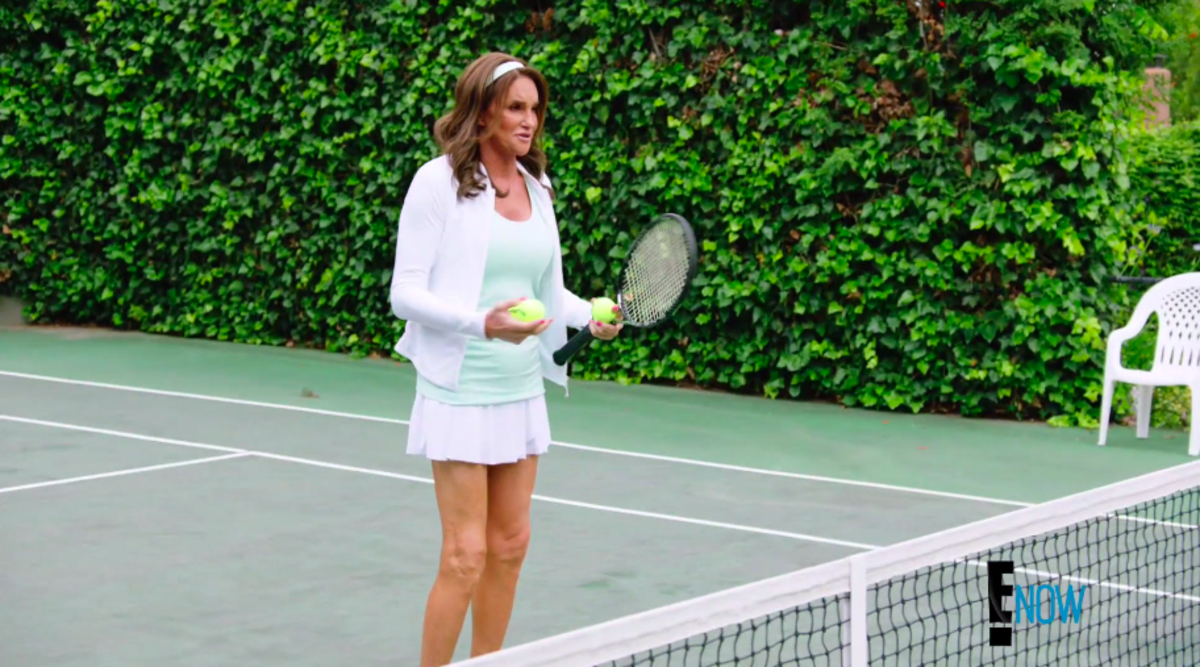 Jenner plays tennis in full hair and makeup. Screengrab: E!