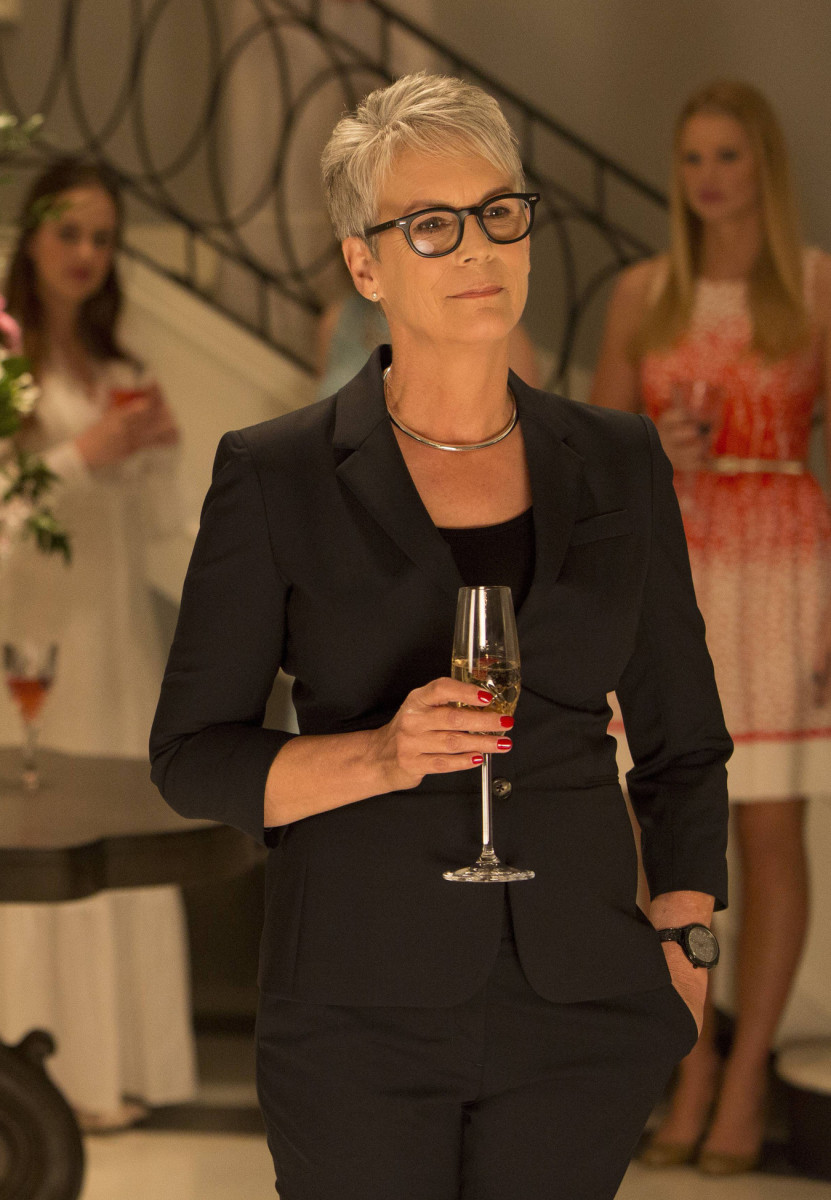 Jamie Lee Curtis as Cathy Munsch. Photo: Steve Dietl/FOX