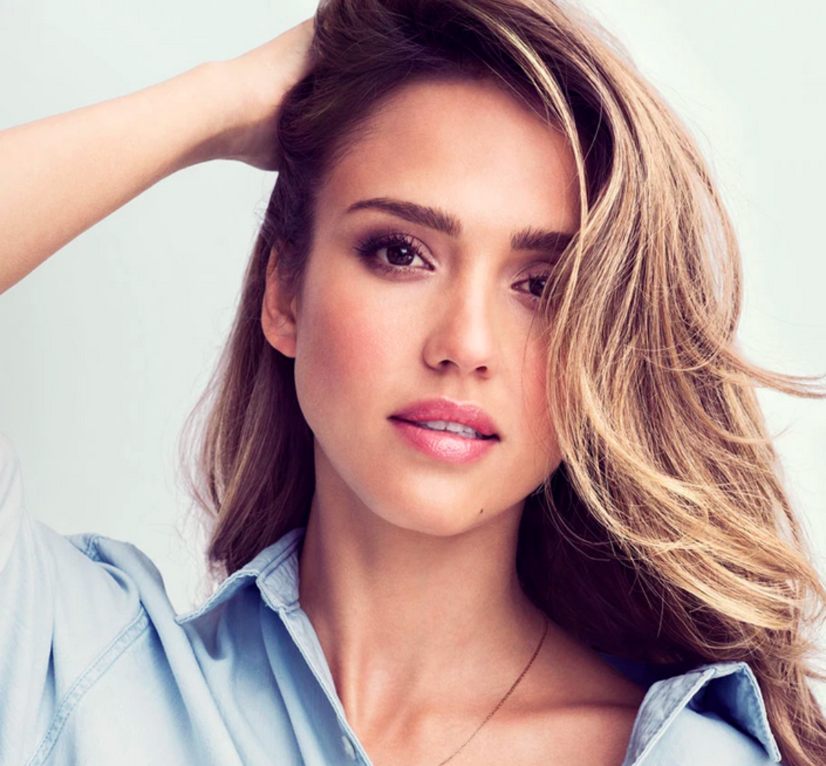 "Jessica Alba modeling her ""Fresh"" look. Photo: Honest Beauty"