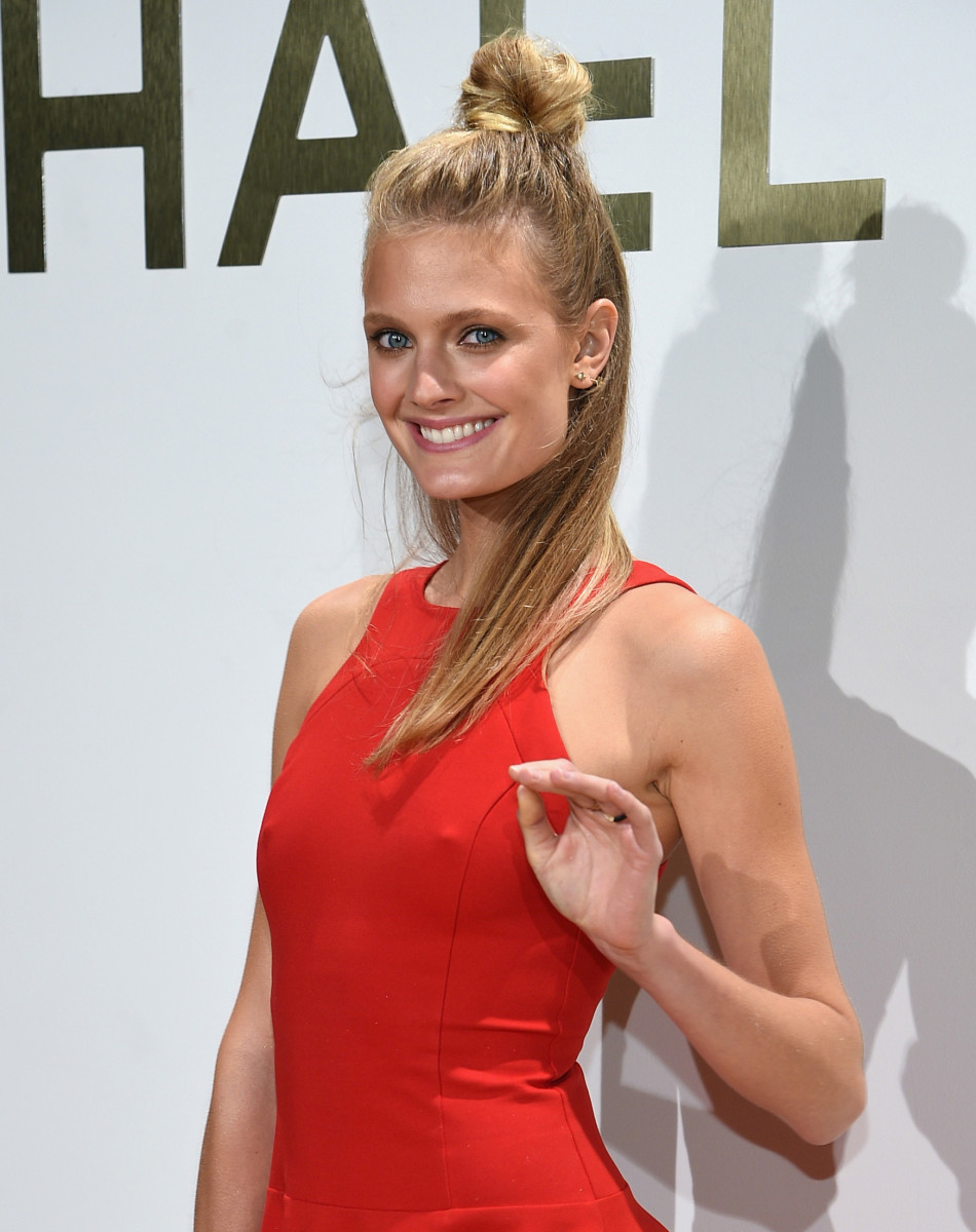 If only my half-up, half-done topknot could transform me into Constance Jablonski. Photo: Getty Images