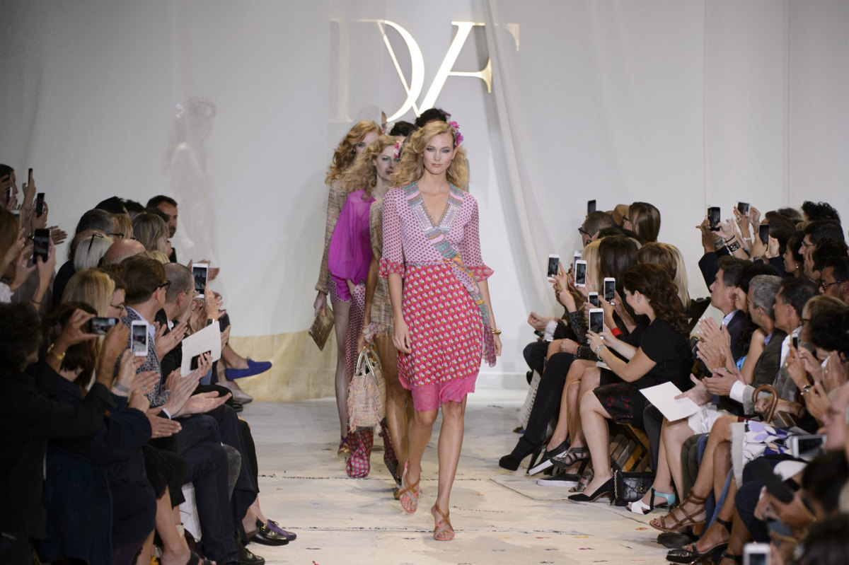 The finale at Diane von Furstenberg's spring 2016 show. Photo: Imaxtree