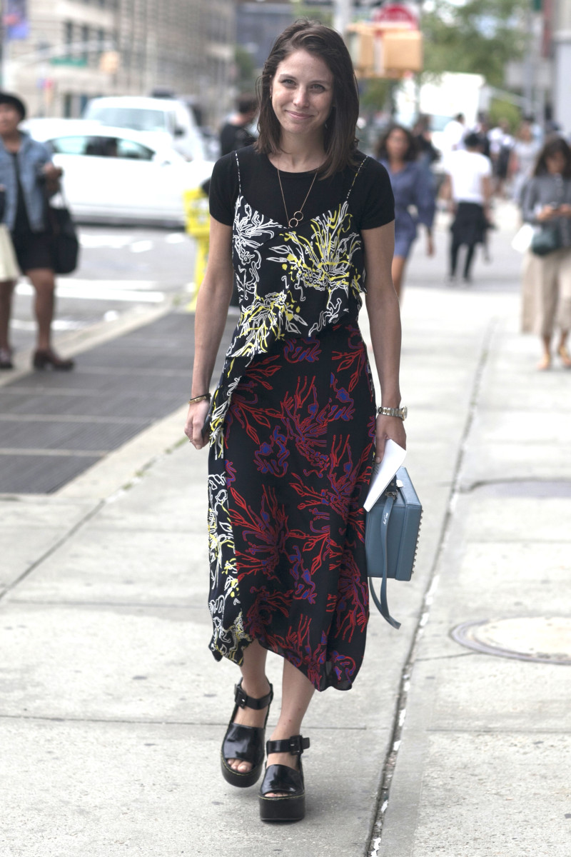 Elle.com's Ruthie Friedlander in Tanya Taylor dress with Mark Cross bag. Photo: Emily Malan/Fashionista